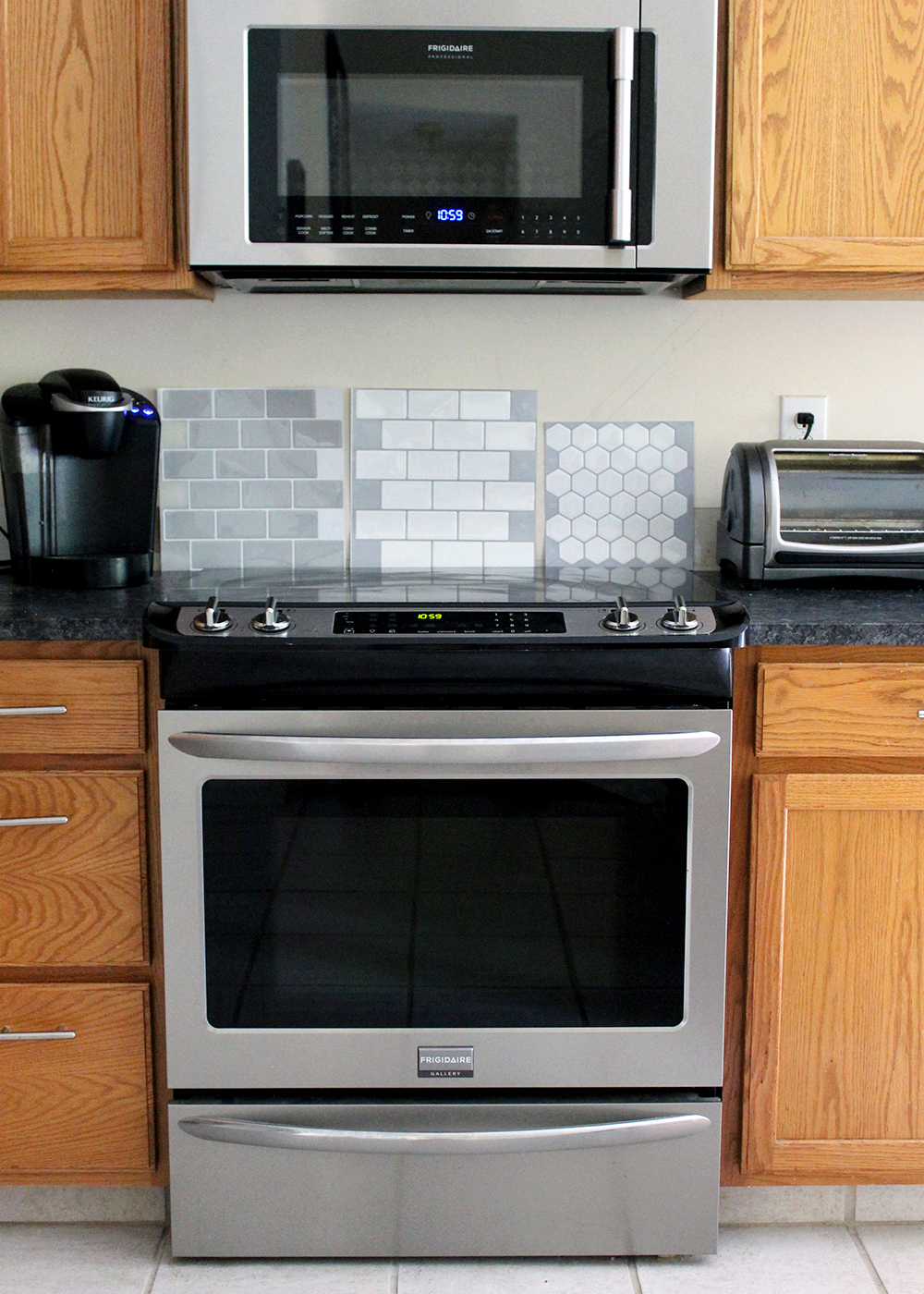 a temporary backsplash option: Peel and Stick Tiles. I love that these are DIY friendly and you don't need a tile cutter!