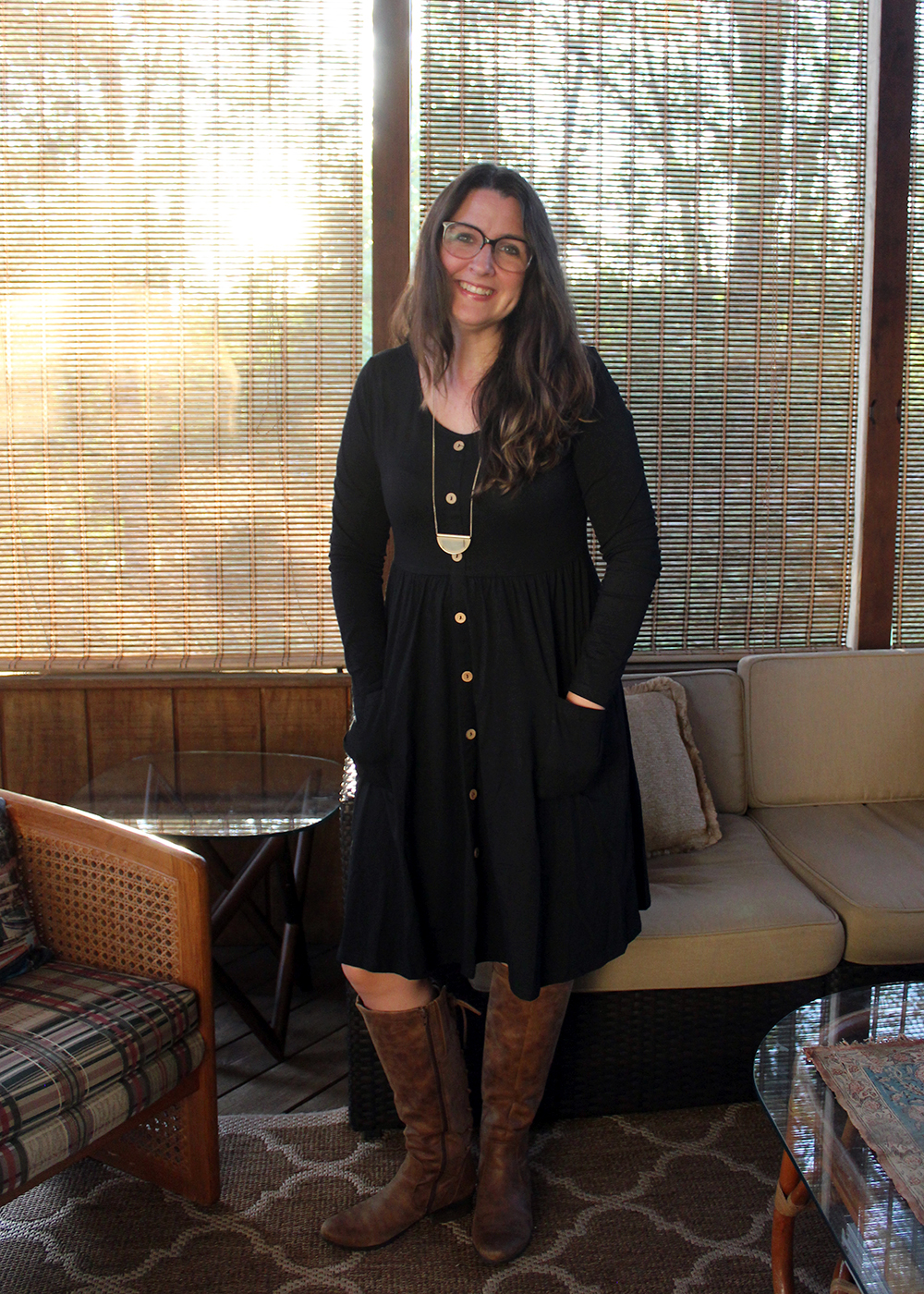 Black Button Dress for under $25. Fall fashion ideas