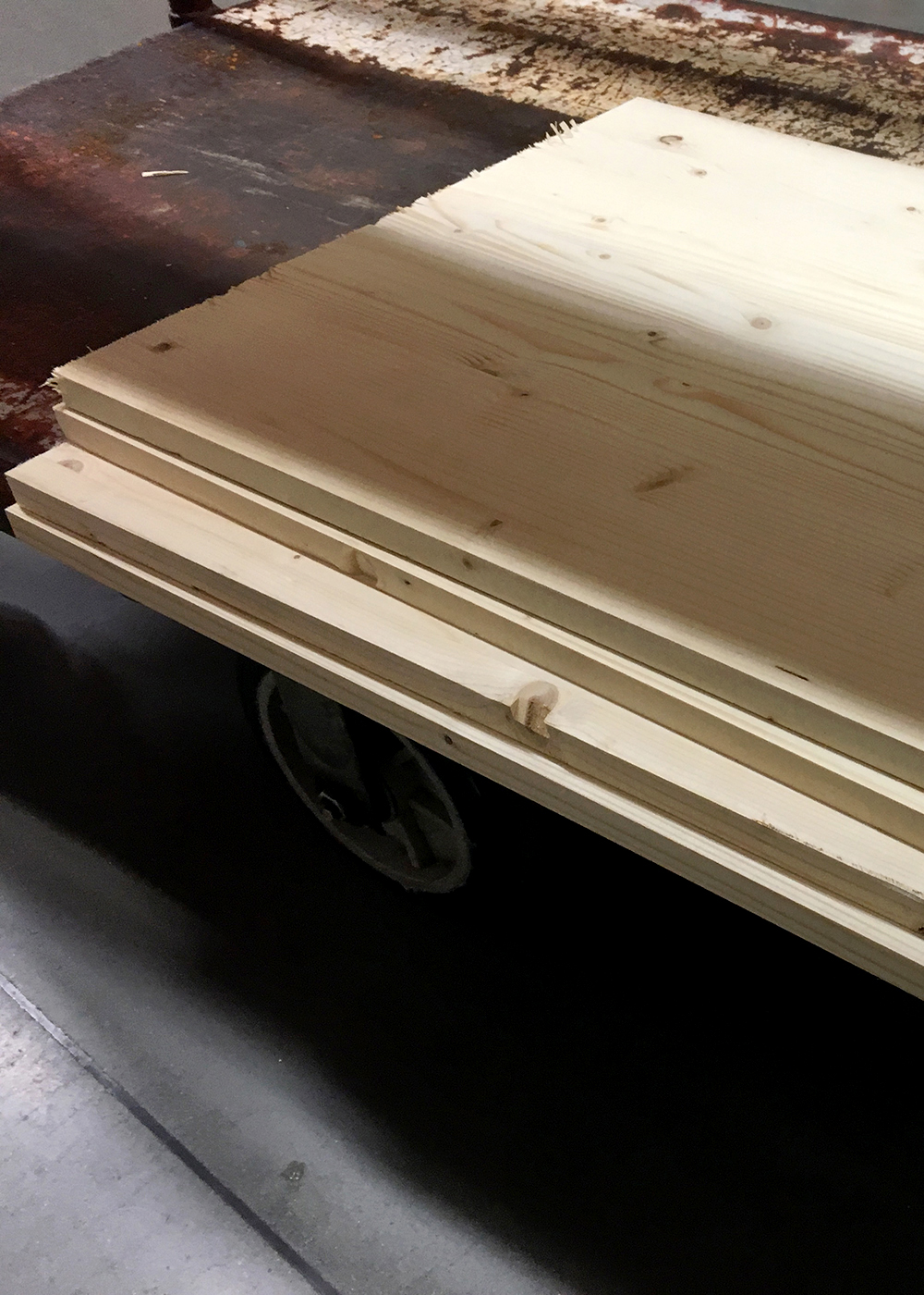 shelving material cut to size in store