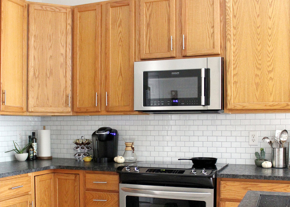 a peel and stick subway tile backsplash for under $125