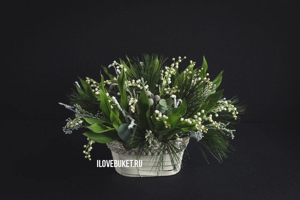 convallaria-and-needles-basket