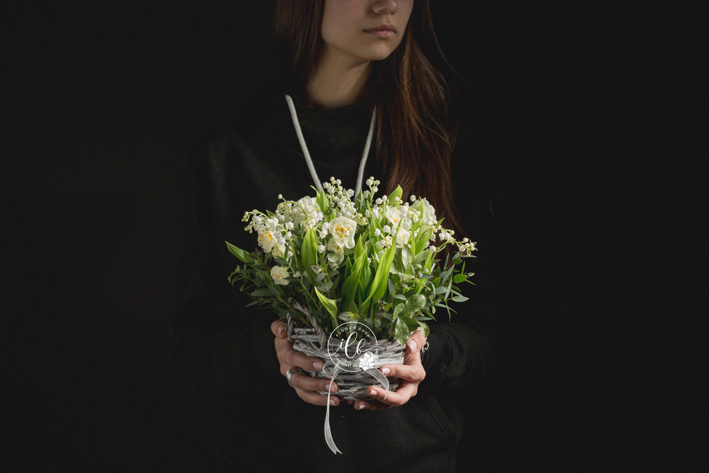 convallaria-and-narcissus-basket