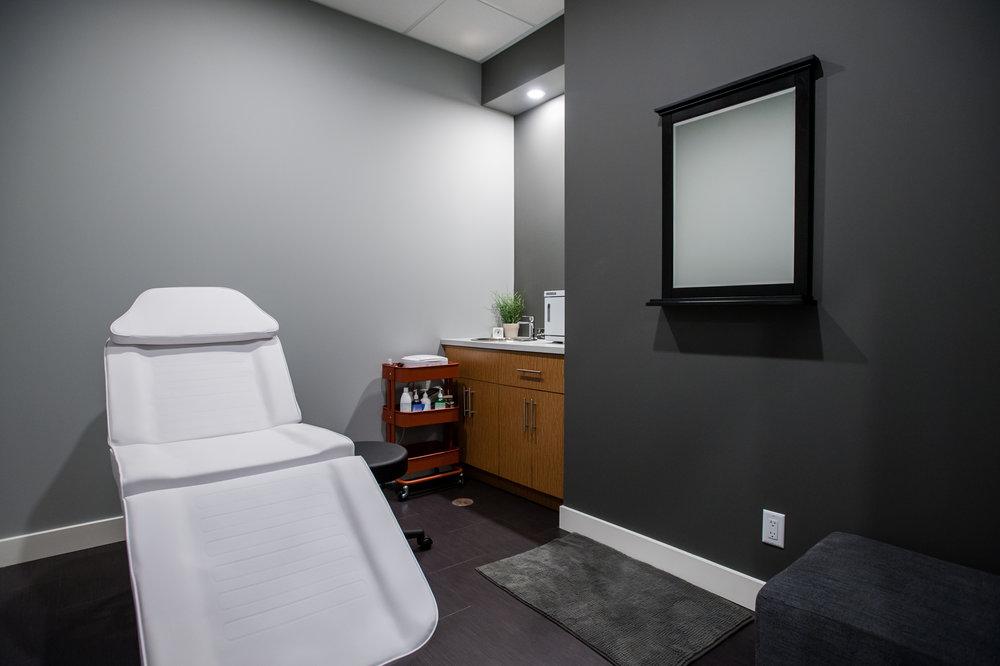 treatment_room_lighted_bulkhead
