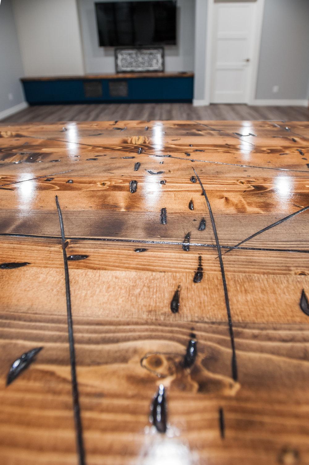 distressed_wood_Countertop