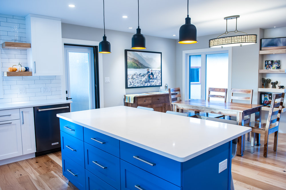 blue_island_white_counters