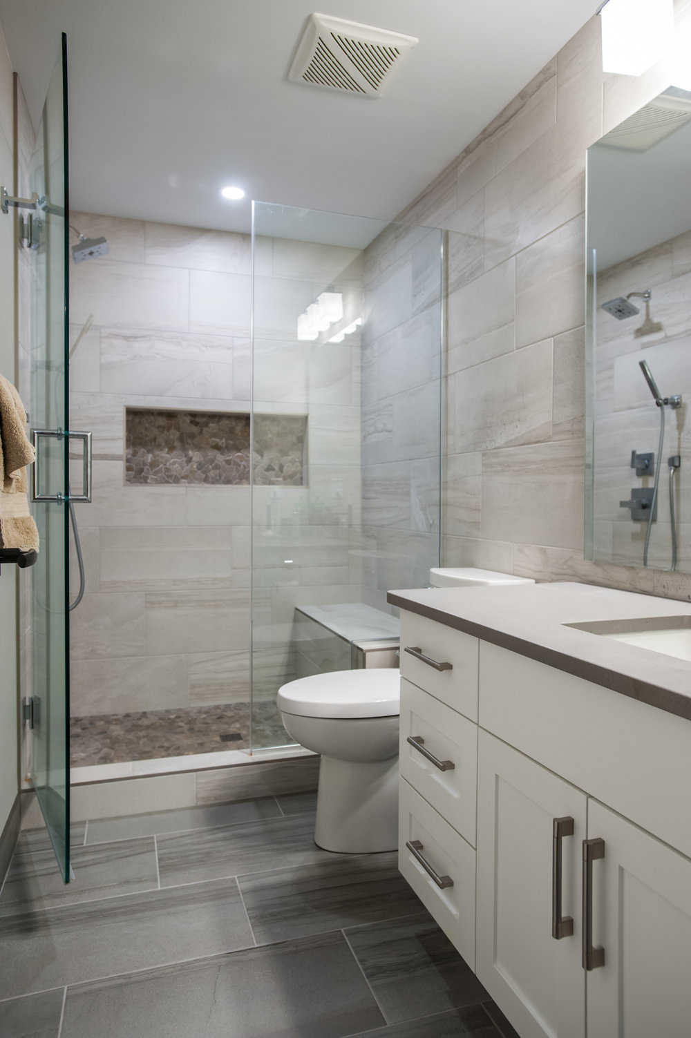 basement_bathroom_shower_glass