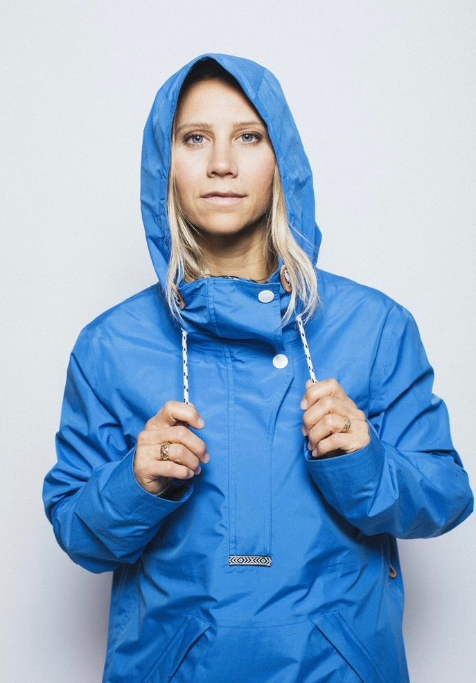 KJERSTI BUAAS WEAR COLOUR BLUE ANORAK