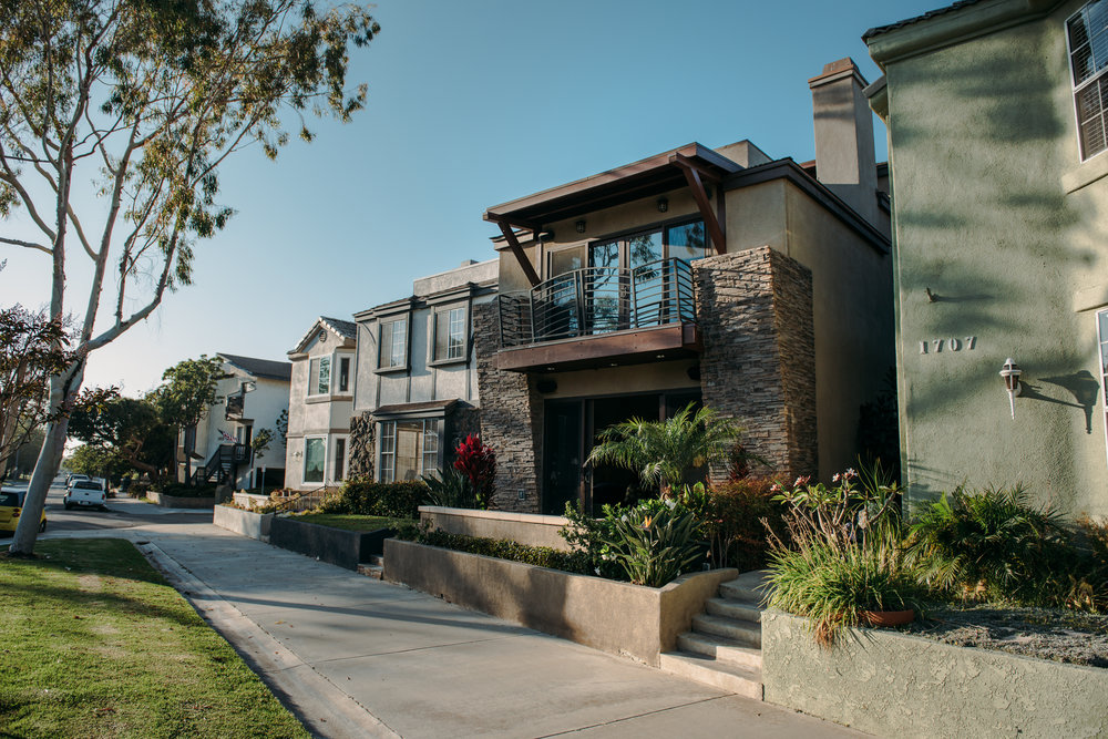 PRIVATE RESIDENCE, SEAL BEACH, CA