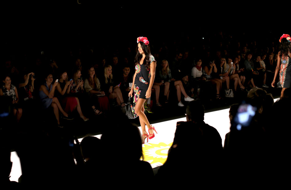 DESIGUAL  SS15 Runway show opened by Adriana Lima