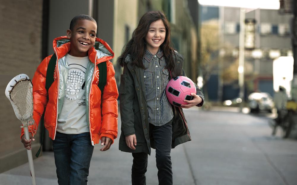 DKNYF12_INTL_Dual kids soccer ball-FPO.jpg