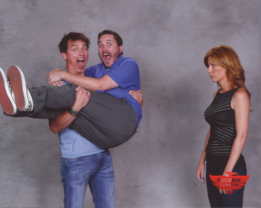 wilwheaton :      in which John Barrowman sweeps Wil Wheaton off his feet    So John Barrowman is really, really awesome. Anne and I got to spend a bit of time with him in…    View Post      This is one of the reasons why John Barrowman and Wil Wheaton are my favourite people ever.