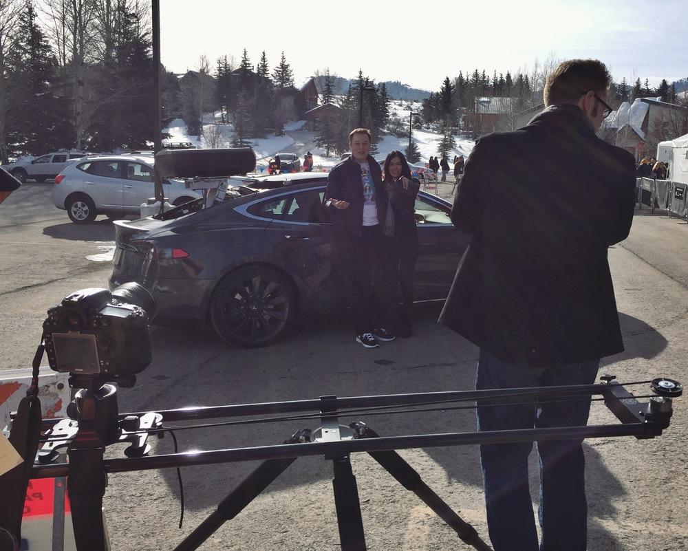 Nebo Slider meets Elon Musk
