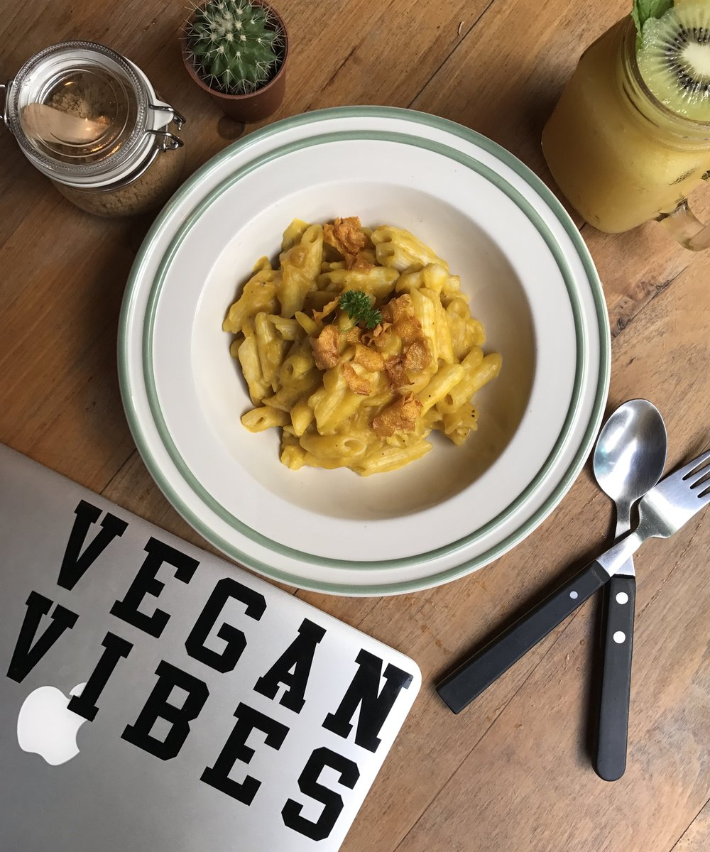 Vegan Mac n Cheese from Broccoli Revolution