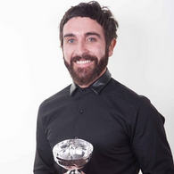 DARREN Creative Director — Darren is an international award winning master colour expert. He has tended to the top celebs worldwide, delivered best in class seminars and photoshoots. Creative director Cut  € 65