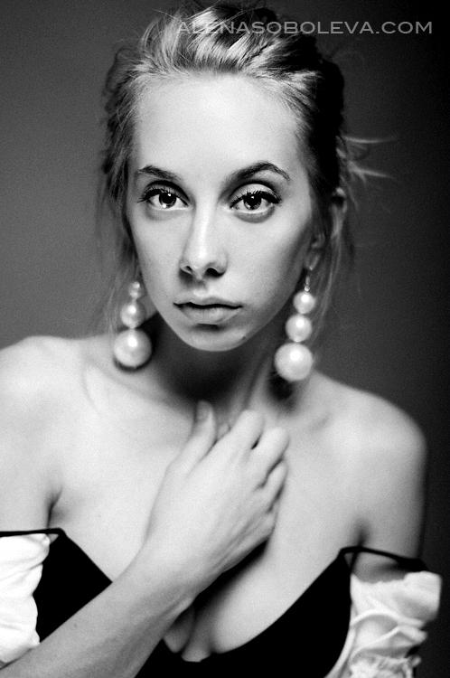 Nika - Elena Soboleva - 1.jpg