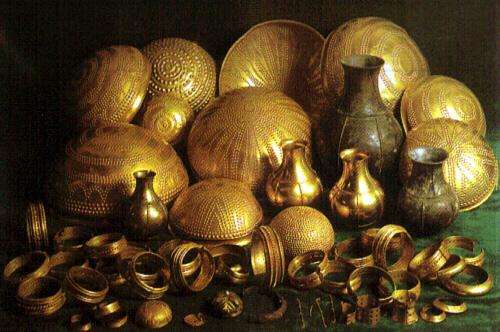Tesoro de Villena, el mayor y más importante conjunto de orfebrería prehistórica de la Península.