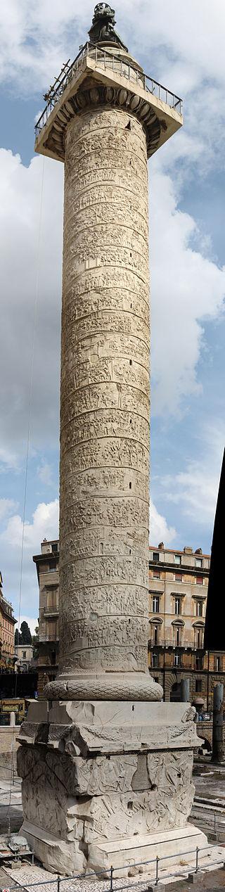 La Columna de Trajano. Es un monumento conmemorativo erigido enRomapor orden delemperadorTrajano