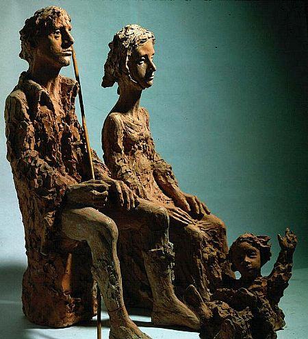 Nacimiento, 1973 Ramón Muriedas Barro cocido, 58x24x41 cm.