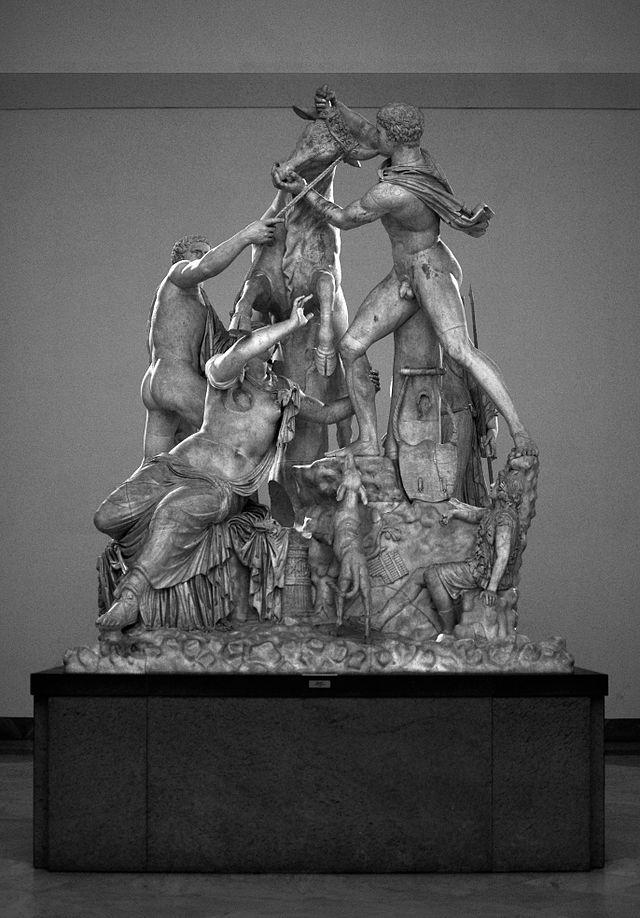Toro Farnesio. La escultura en el Museo Arqueológico de Nápoles.