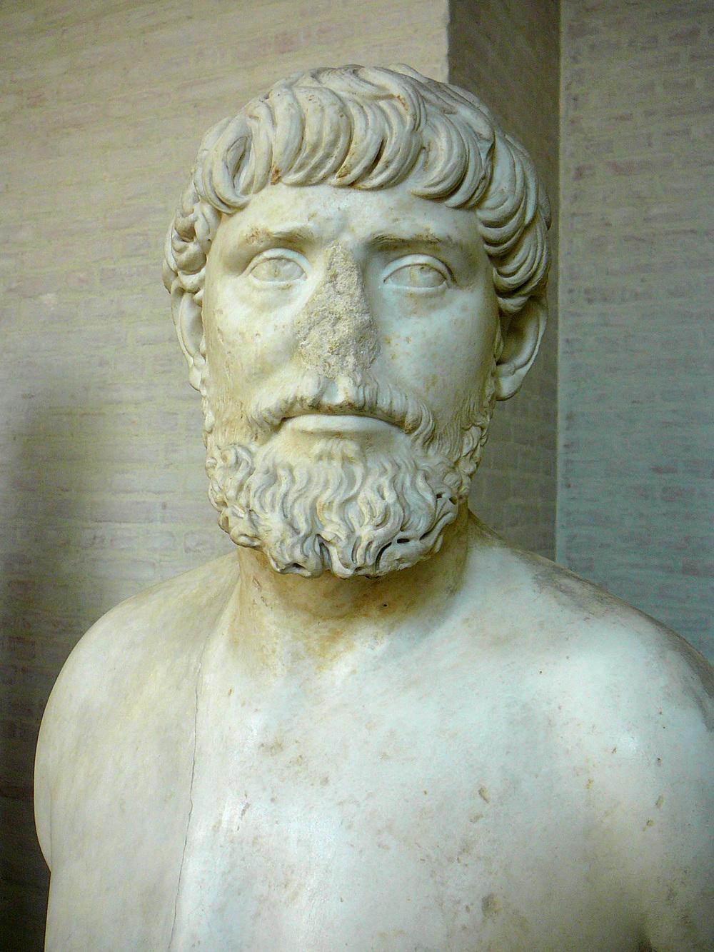 """Apolodoro de Damasco, arquitecto sirio de la  antigua Roma , conocido con el nombre del  """"el damasceno"""".  Gliptoteca de Múnich"""