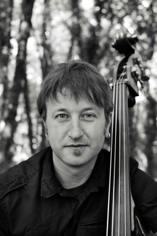 Alfonso Calvo / Profesor Titulado Superior Contrabajo/ CEMU Profesional de Música Presto Vivace