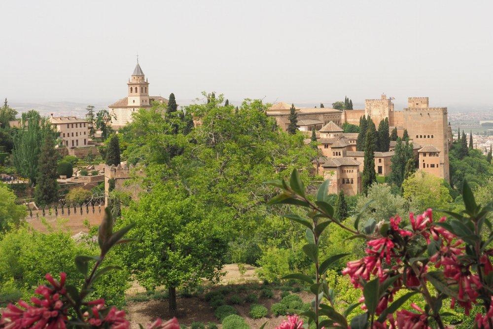 Alhambra in Granada (mit Testkamera  Olympus OM-D E-M1 Mark II).