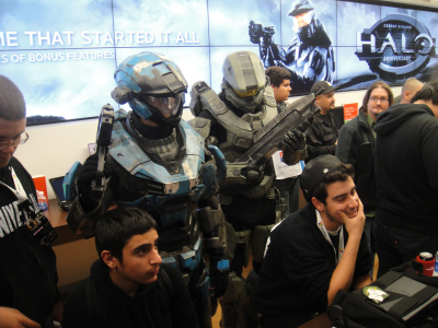 """So I was like...Master Chief can suck my...what? He's standing right behind me? Ohhhh, hahahaha...hey Chief..."""