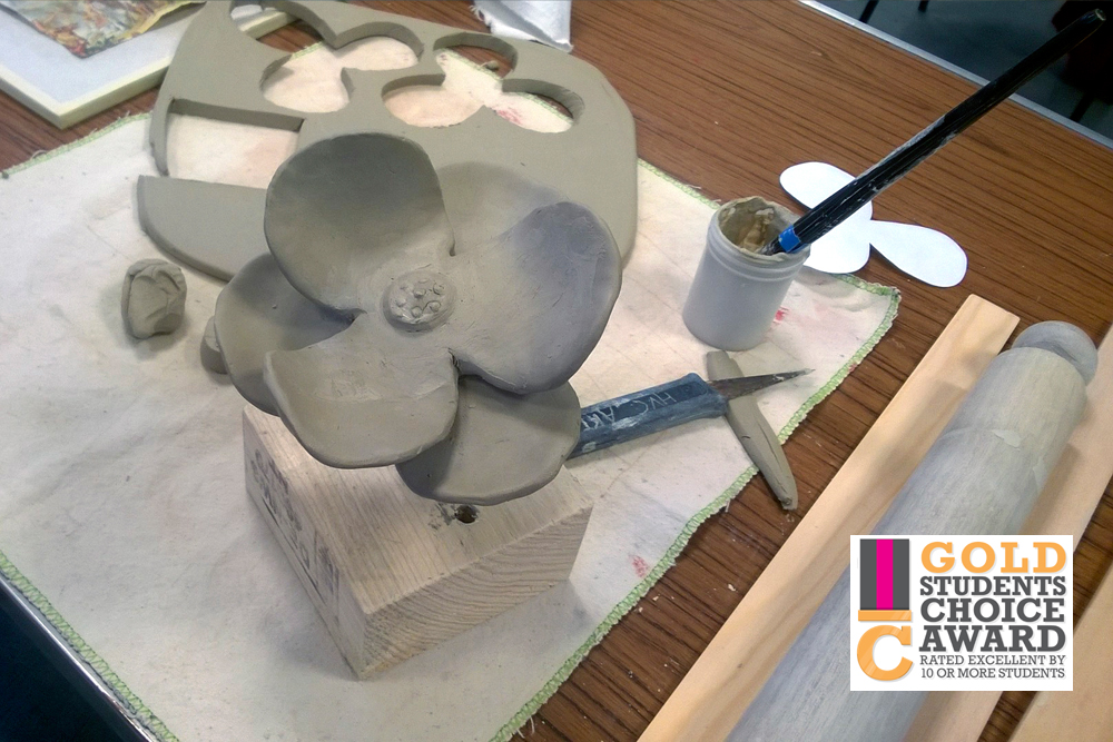 ceramic_flowers_course_01.jpg