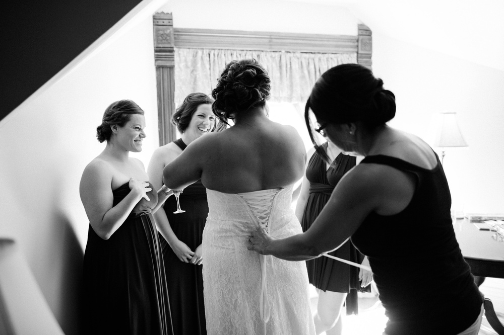 Hamilton Bed & Breakfast Intimate Wedding Photos_0008.jpg