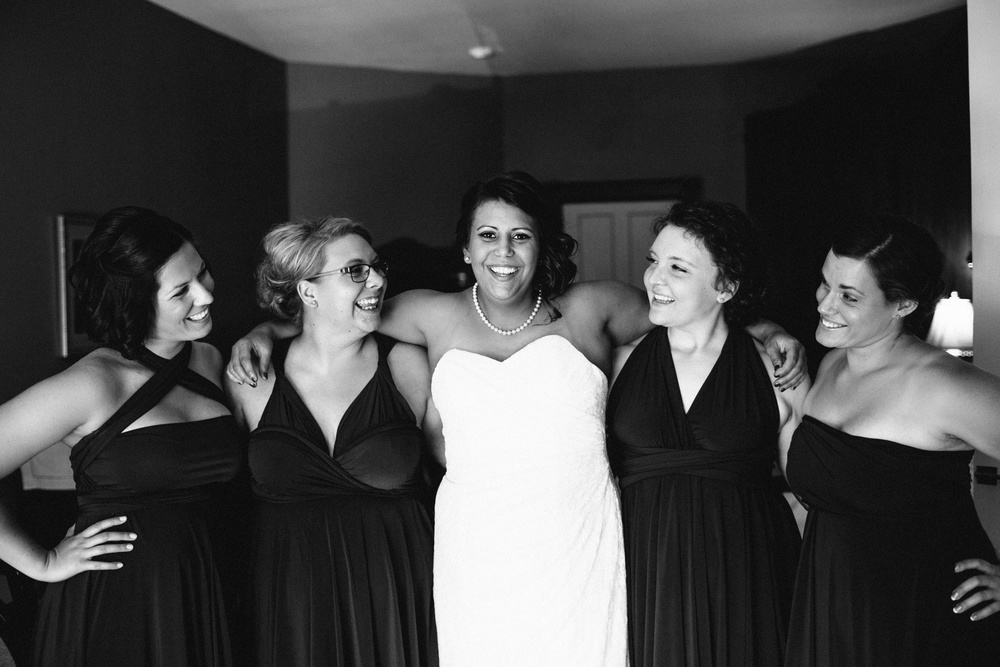 Hamilton Bed & Breakfast Intimate Wedding Photos_0012.jpg