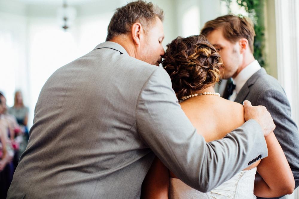Hamilton Bed & Breakfast Intimate Wedding Photos_0027.jpg