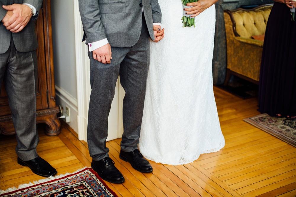 Hamilton Bed & Breakfast Intimate Wedding Photos_0030.jpg
