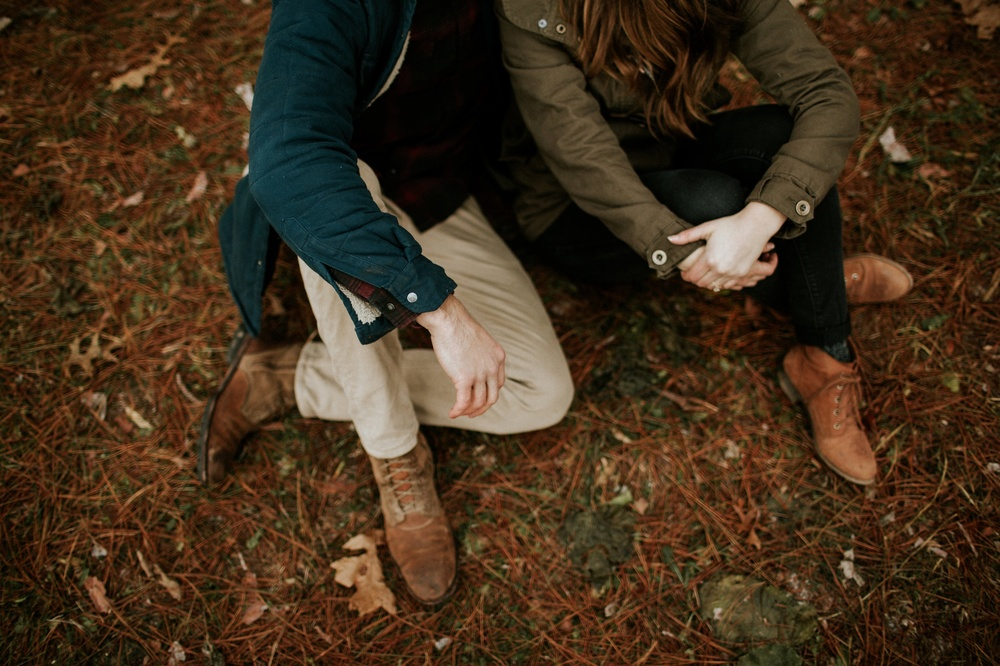 Emma Kyle Woodsy Adventurous Engagement Photographer_0005.jpg