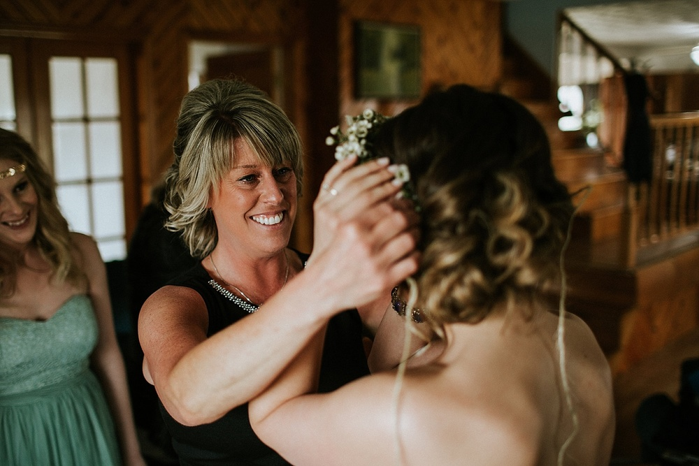 Whimsical Intimate Lake Summerset Lodge Wedding _ Nicole Lender Wedding Photography_0031.jpg