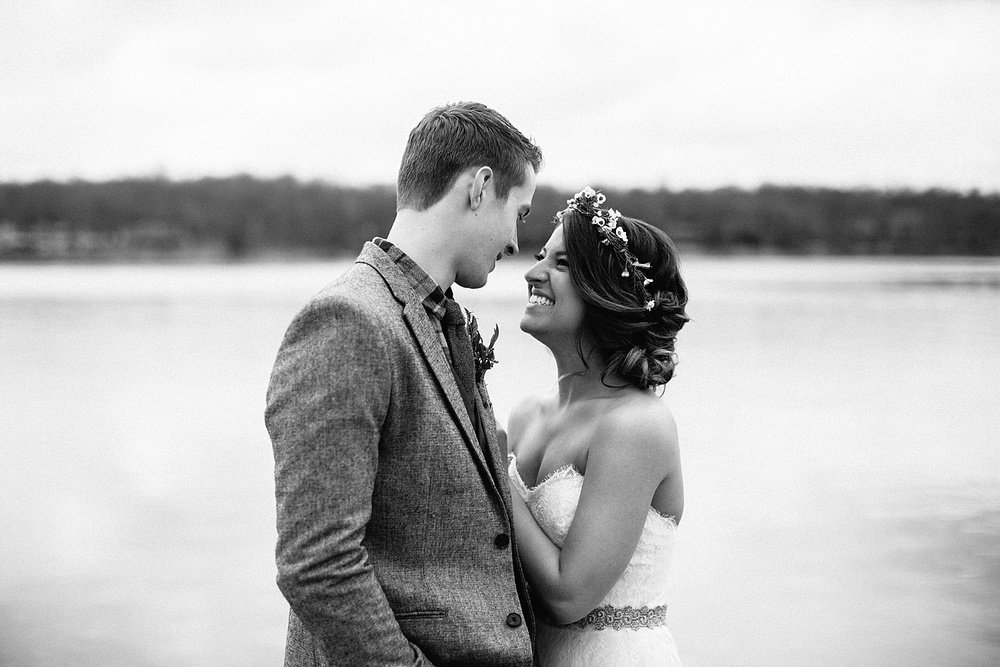 Whimsical Intimate Lake Summerset Lodge Wedding _ Nicole Lender Wedding Photography_0057.jpg