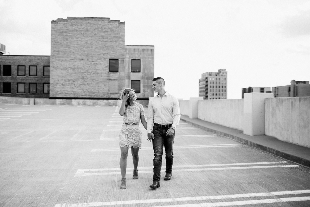 Rockford Illinois Engagement Session _ Nicole Lender Weddings_0001.jpg