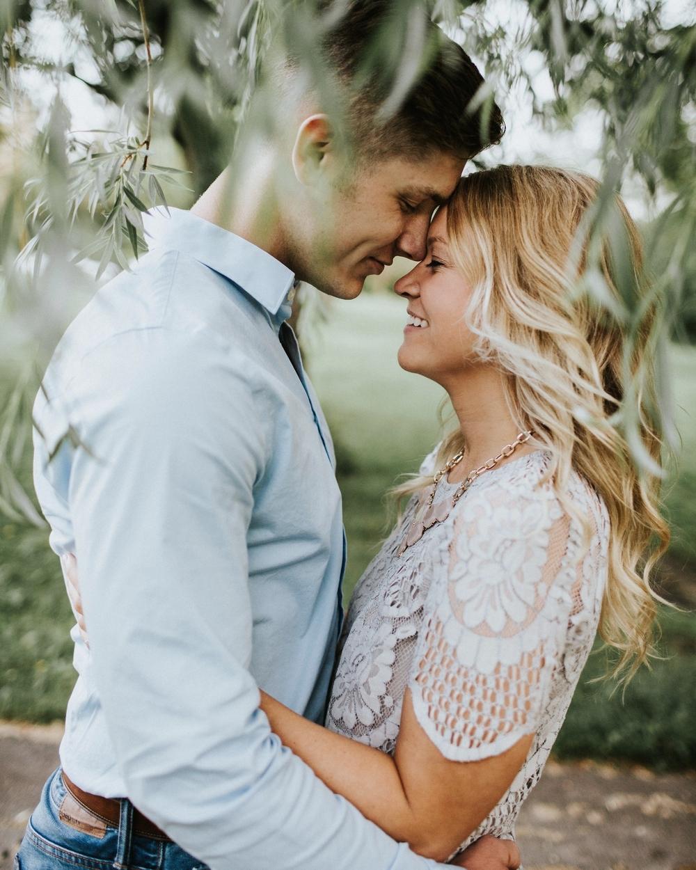 Rockford Illinois Engagement Session _ Nicole Lender Weddings_0028.jpg