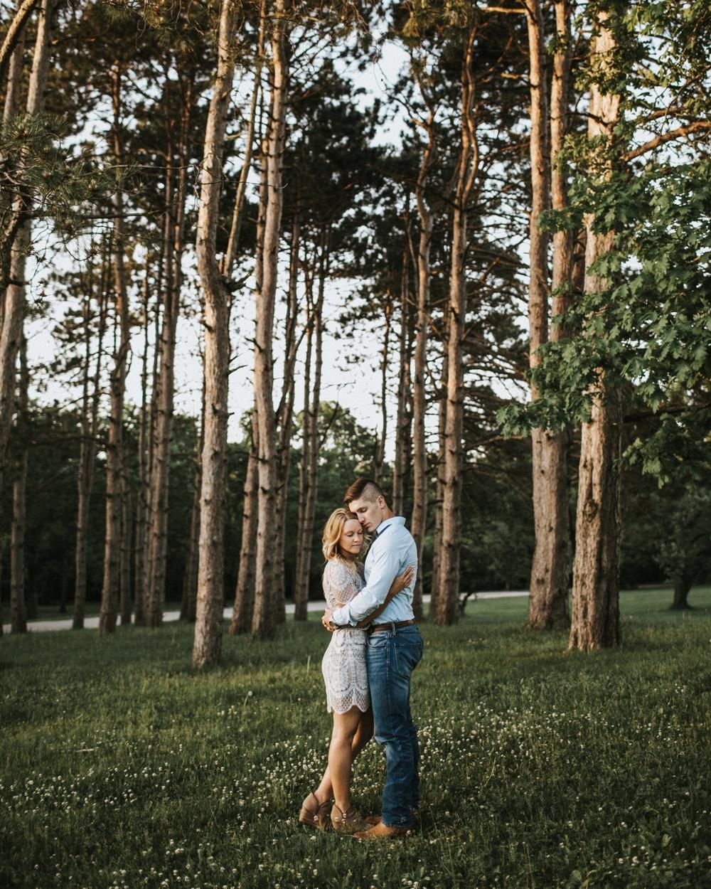 Rockford Illinois Engagement Session _ Nicole Lender Weddings_0027.jpg