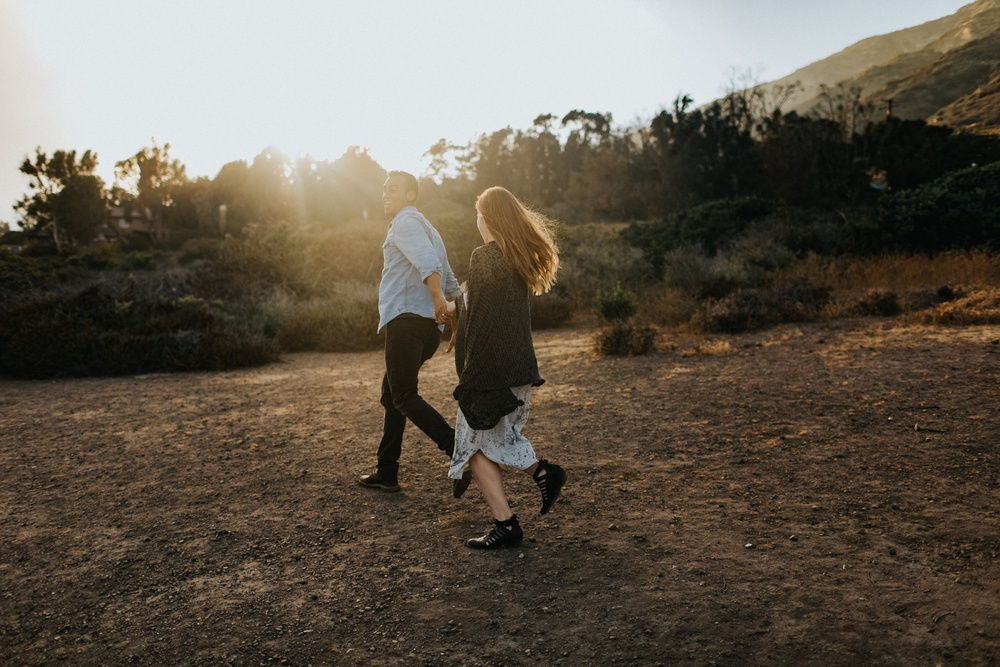 Malibu California Engagement Session_Nicole Lender Weddings_0015.jpg