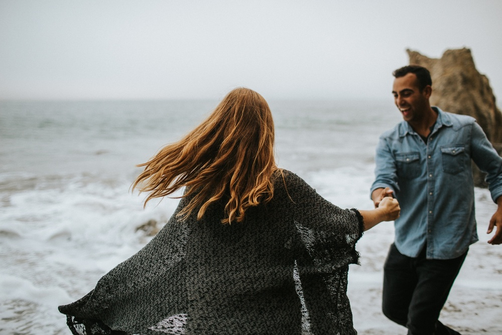 Malibu California Engagement Session_Nicole Lender Weddings_0030.jpg