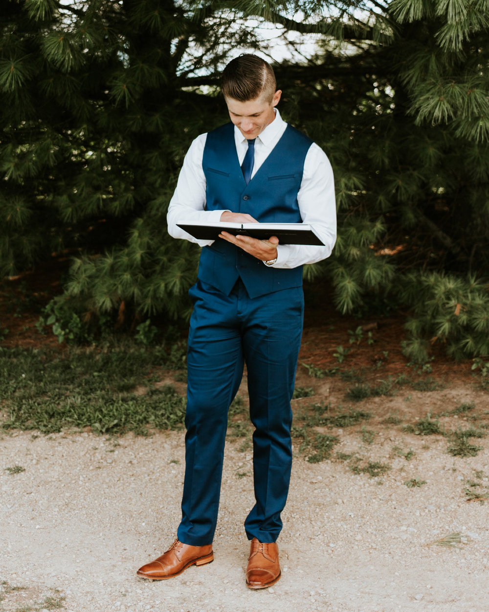 Kayla-Cody-Midwest-Summer-Backyard-Wedding-13.jpg