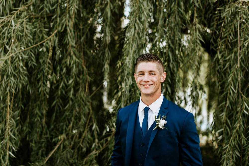 Kayla-Cody-Midwest-Summer-Backyard-Wedding-53.jpg