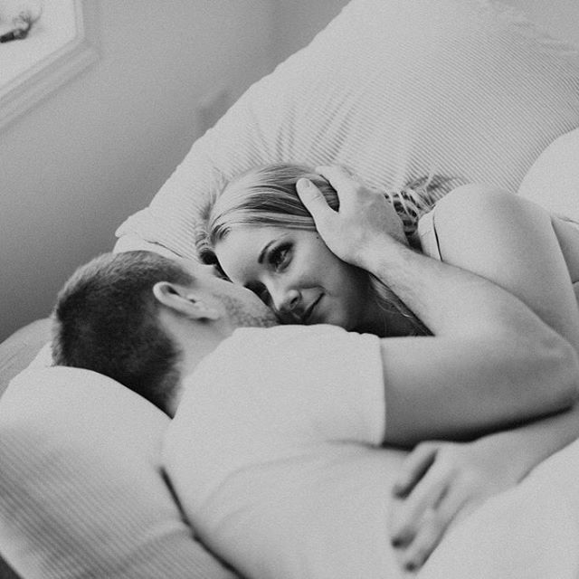 In-home engagement sessions - give me all of 'em. So sweet & cozy.