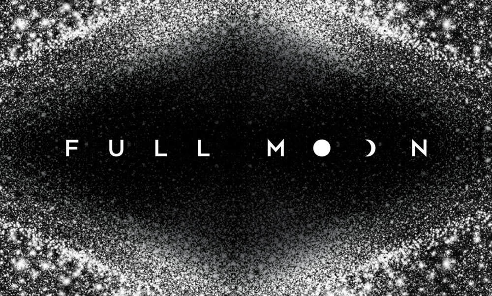 "RUNWAY FILMS ""FULL MOON"""