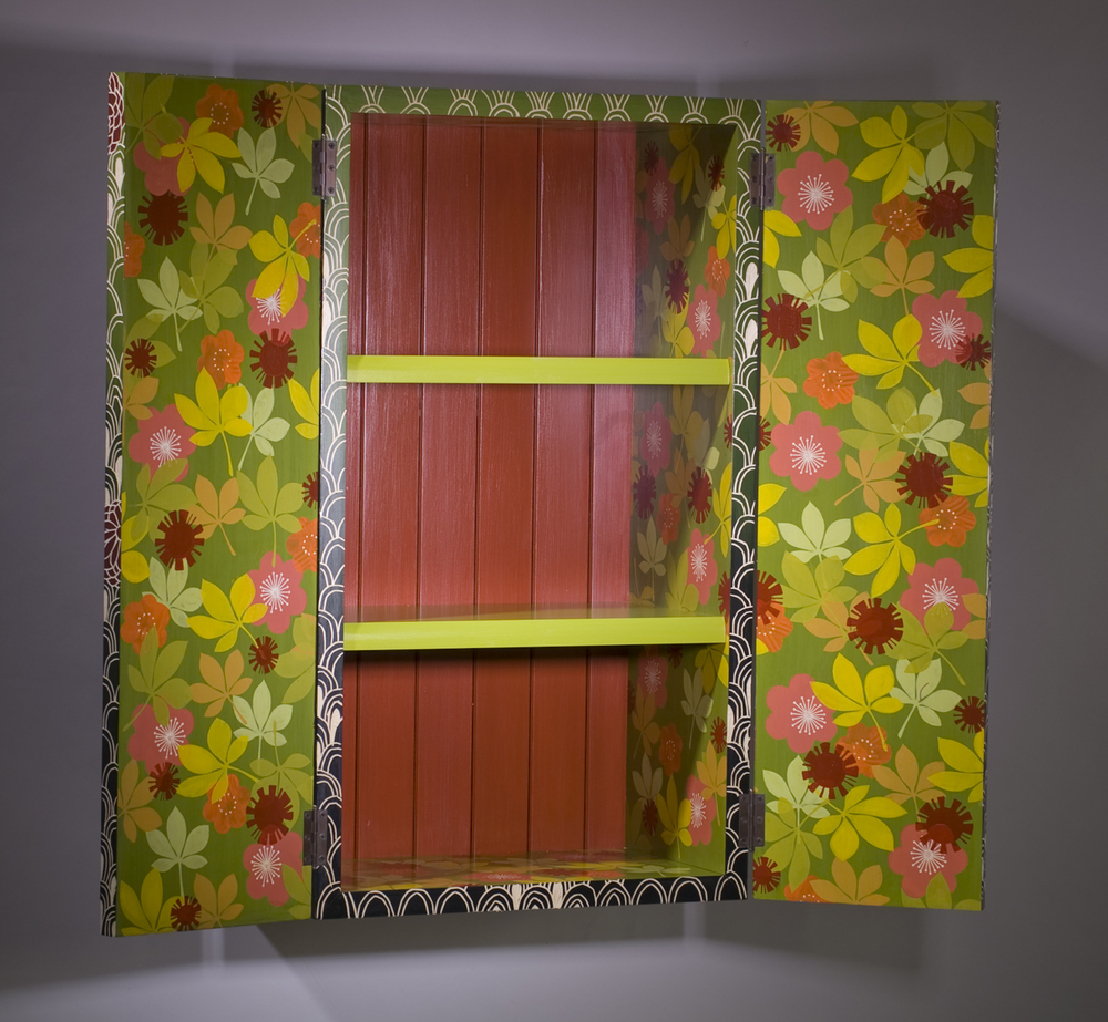 Chrysanthemum Cabinet (inside view)