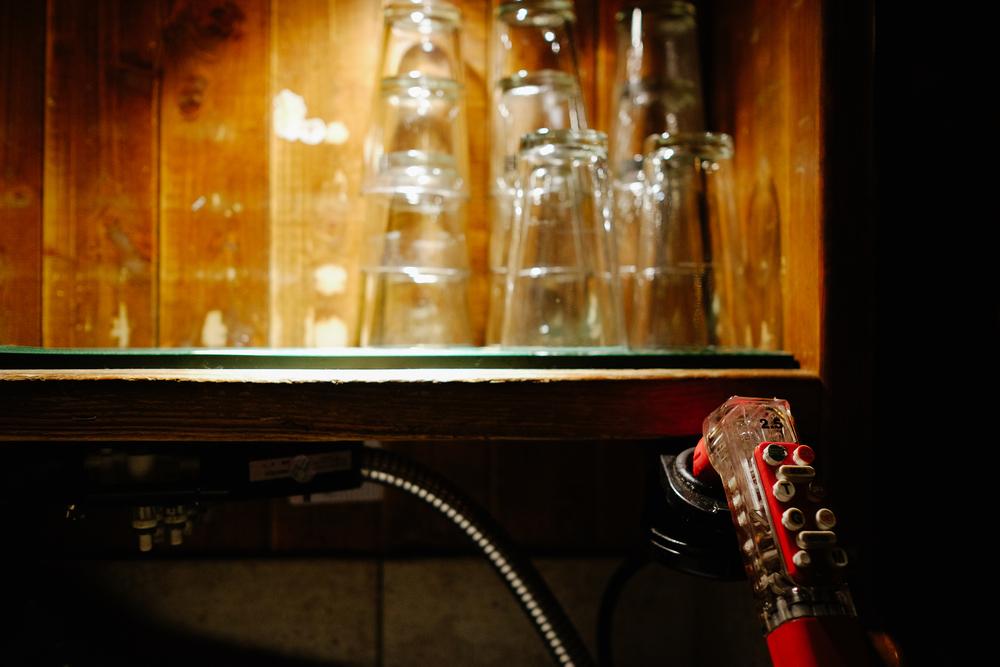 fado_glasses_dispenser.jpg