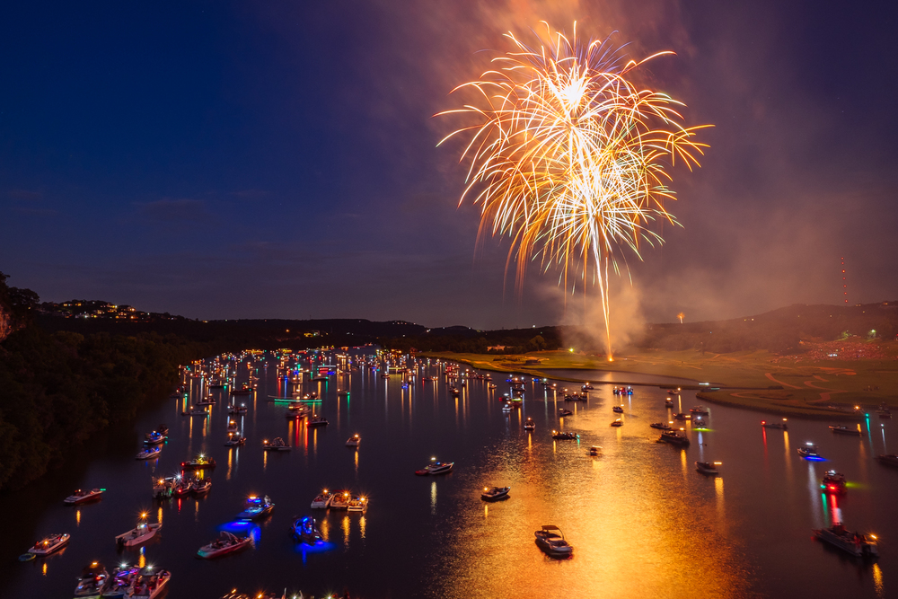austin_fireworks_2014_6.jpg