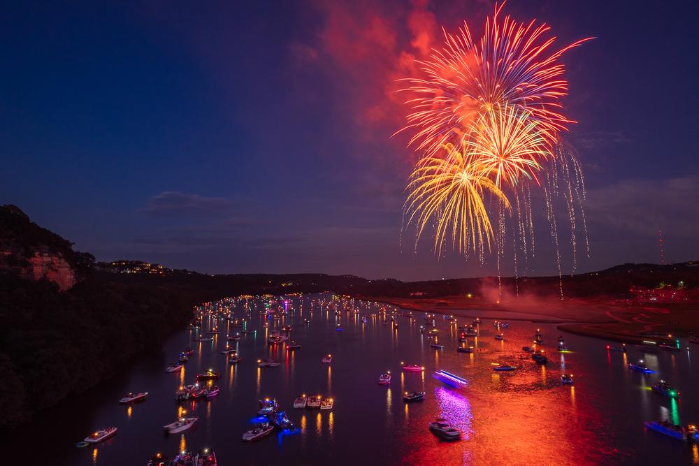 austin_fireworks_2014_2.jpg