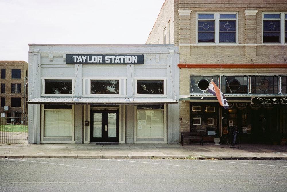 taylor-cinestill-025.jpg