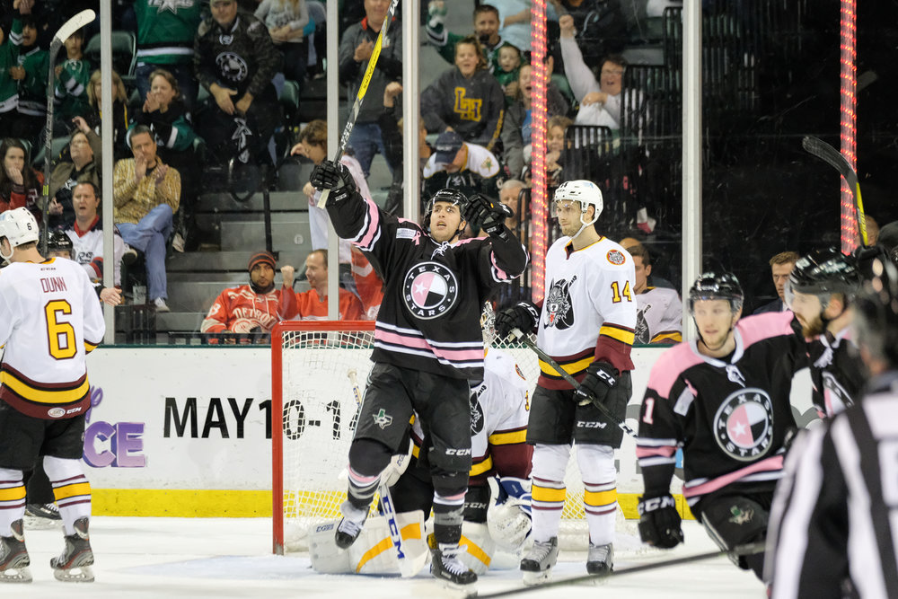 Texas-Stars-Chicago-Wolves-02182017-7136.jpg
